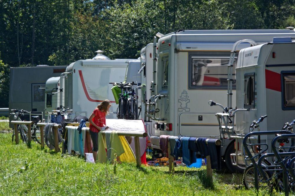 De kampeerregels voor motorhomes in verschillende lande