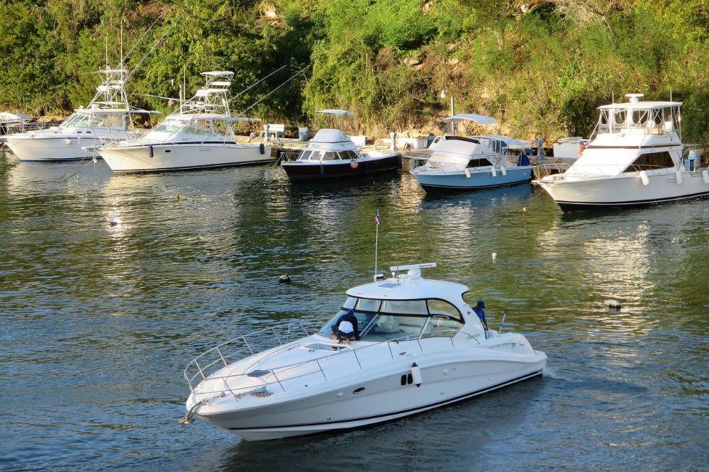 Omgangsvormen op het water voor eigenaars van plezierboten