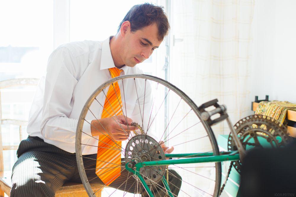 Zo vervang je zelf de lekke band van je fiet